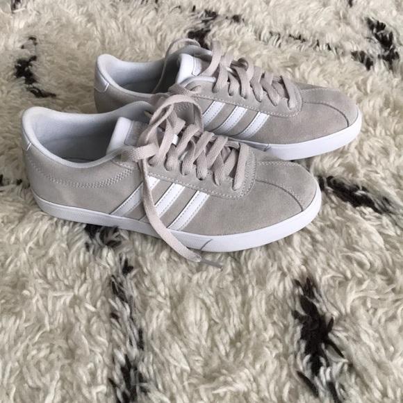 adidas schuhe courtset sneaker in der kreide poshmark